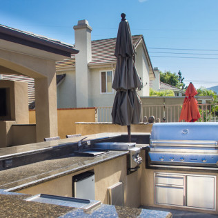 outdoor living area construction yorba linda ca