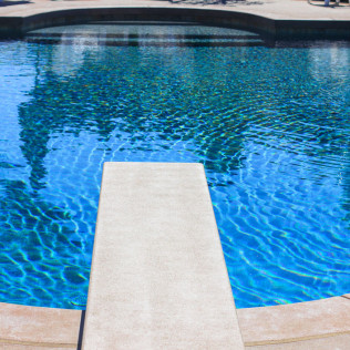 pool contractor yorba linda ca